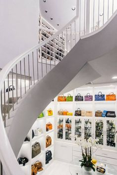 Awesome closet two floor