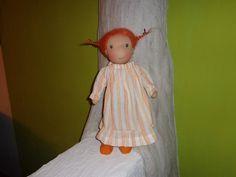 Nelli im Nachthemd