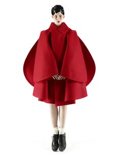 Vogue Nippon October 2012 by Mark Segal Designer: Rei Kawakubo 3d Fashion, Fashion Details, Editorial Fashion, High Fashion, Womens Fashion, Fashion Design, Fashion Trends, Daily Fashion, India Fashion