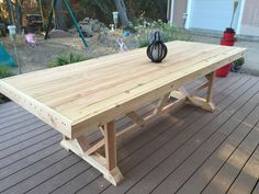 Lovely DIY Outdoor Dining Table Projects