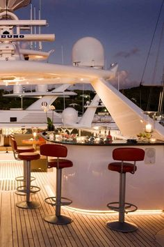 "Luxury Yatchs Mega Interior Lifestyle Design Most Expensive Boat 👉 Get Your FREE Guide ""The Best Ways To Make Money Online"" Luxury Yachts For Sale, Yacht For Sale, Luxury Boats, Yacht Design, Yachting Club, Private Yacht, Luxe Life, Yacht Boat, Jet Ski"