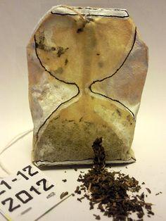 zandloper maya  tea bag art