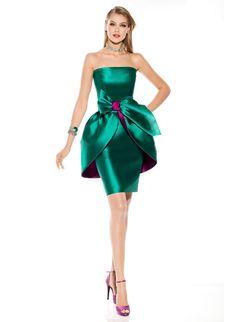 a1ae98f464f2 Οι 22 καλύτερες εικόνες του πίνακα Φορέματα, 2019