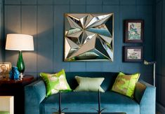 Гостиная в  цветах:   Серый, Синий, Фиолетовый, Черный.  Гостиная в  стиле:   лофт.