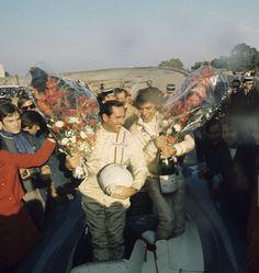 Jack Brabham et Francois Cevert vainqueurs des 1000 Kms de Paris, Montlhery 1970. Matra-SIMCA MS660 N°14 (Getty)...