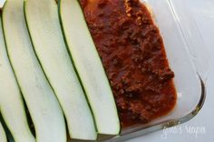 Lasagna that uses zucchini instead of noodles- Quick and easy to cook, low calorie as promised: 333 cal for 1/4 a pan, and as delicious as the original
