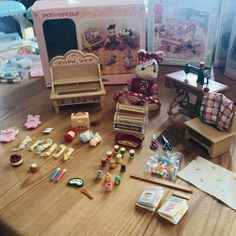 Epoch DF-10  Sylvanian Families Doll Girl of chocolat rabbit Furniture Sets