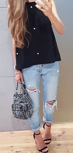 amazing outfit top + bag + rips + heels
