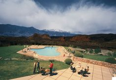 Beau Poolside Loungers At The Garden Of The Gods Club In Colorado Springs, Shot  By Fred J. Maroon For Town U0026 Country In