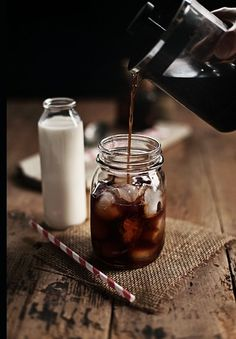 Ice coffee in a mason jar ... this should go in my food section but it's so inspiring :)