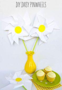Daisy DIY Pinwheels by Lindi Haws of Love The Day: