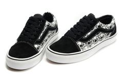 Converse Shoes & Vans Shoes, DC & Nike 6.0 Skateboarding Trainers, Skate Shoes, Trainers, clothing & Accessories are all available Online from Blackleaf.$89.00