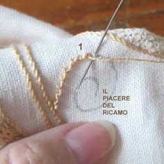 Il Piacere del ricamo: Tutorial Fondini n 6 Hardanger Embroidery, Cross Stitch Embroidery, Embroidery Stitches Tutorial, Embroidery Techn… Hand Embroidery Videos, Embroidery Stitches Tutorial, Flower Embroidery Designs, Embroidery Monogram, Learn Embroidery, Embroidery Needles, Hand Embroidery Patterns, Embroidery Techniques, Ribbon Embroidery