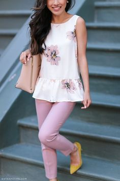 Summer outfits: Floral Peplum + Pink Pants, Navy Eyelet Lace Dress - Outfits for Work - Outfits for Work Summer Office Outfits, Spring Outfits, Summer Capri Outfits, Summer Pants Outfits, Office Dresses, Casual Outfits, Cute Outfits, Fashion Outfits, Navy Outfits
