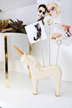 Adorable unicorn photo holder DIY— Working with @CanonUSA #CraftywithCanon #sponsored