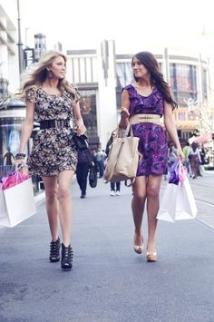 Elle & Blair Fowler, I love these two, and their outfits!