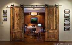 I so love these doors. I would love to have them in my house.