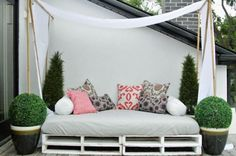 Outdoor daybed DIY.. with mosquito nets, please.