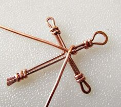 awesome DIY Bijoux - Wire Wrapped Cross Tutorial