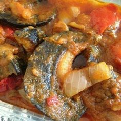 Large snails Nigerian Food, Snails, Soul Food, Beverages, Pork, African, Chicken, Meat, Cooking