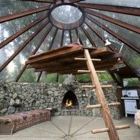 Big Sur Glass Roof Yurt Built in 1976  http://inthralld.com/2013/03/big-sur-glass-roof-yurt-built-in-1976/