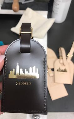 a337a39c450 Louis Vuitton Ebene luggage tag with Soho hotstamp in gold