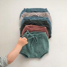 @sma_skatter En som tydeligvis ville ha den bleiebuksa😍 Bleiebukser er både kjappstrikka og genialt for å få brukt opp litt restegarn😊#bleiebukse #strikk#strikker#strikking#guttestrikk#babystrikk#strikkmemma#strikktilbarn#barnestrikk#babyknits#strikktilgutt#strikkedilla#strikkeglede#strikkeinspo#strikkeinspirasjon#knit#knitting#knitstagram#instaknit#knitting_inspiration#knittersofinstagram#lagerstrikk2018#knittinginspiration#knitspiration Boho Shorts, Winter Hats, Knitting, Crochet, Pants, Babies, Instagram, Women, Fashion