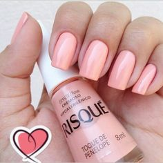 Maybe you have discovered your nails lack of some fashionable nail art? Yes, lately, many girls personalize their nails with lovely … Nails Polish, Nail Polish Colors, Toe Nails, Nail Paint Shades, Basic Nails, Thanksgiving Nails, Stylish Nails, Beautiful Nail Art, Perfect Nails