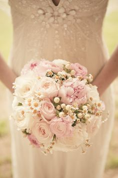blush pink roses wedding bouquet