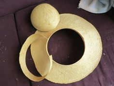 Dreamstress: Turning a modern straw hat into an 18th c. bergere