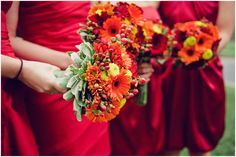 Fall bridal bouquet. Evergreen Country Club in Haymarket, Virginia. Image by Photography Du Jour