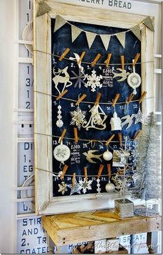 DIY Christmas Countdown Advent Calendar Ideas & Tutorials - For Creative Juice Diy Gifts For Christmas, Noel Christmas, All Things Christmas, Holiday Crafts, Vintage Christmas, Christmas Decorations, Christmas Ornaments, Christmas Tables, Nordic Christmas