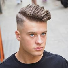 Fuckboy Hairstyle - Long Comb Over + Mid Bald Fade - Best Men's Hairstyles: Cool Haircuts For Guys Popular Haircuts, Cool Haircuts, Haircuts For Men, Haircut Men, Men's Haircuts, Trending Haircuts, Side Swept Hairstyles, Undercut Hairstyles, Undercut Pompadour