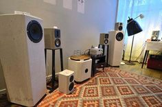 Monolit-Speakers concrete loudspeakers on hifipig.com #hifi #hifipig #loudspeakers
