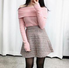 casual korean fashion looks great! - casual korean fashion looks great! Source by truefashionmakers - Kawaii Fashion, Cute Fashion, Look Fashion, Teen Fashion, Fashion Outfits, Fashion Design, Fashion Ideas, Fashion Clothes, Fashion Women