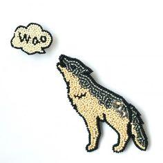 Moko Kobayashi - wolf brooch