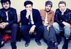 mumford and sons<3