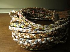 Make a Basket Out of Plastic Bags : 11 Steps (with Pictures) - Instructables Reuse Plastic Bags, Plastic Bag Crafts, Plastic Bag Storage, Plastic Grocery Bags, Plastic Baskets, Plastic Spoons, Plastic Mat, Upcycled Crafts, Recycled Art