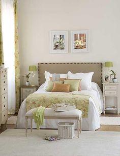 Cabecera de cama hecha con puertas, me encanta!