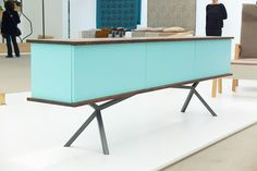 Foto: Sideboard SB11 Nussbaum/Türkis palatti Design: Christian Kröpfl Metal Furniture, Furniture Design, Wood And Metal, Solid Wood, Villa Necchi, Credenza, Christian, Cabinet, Storage