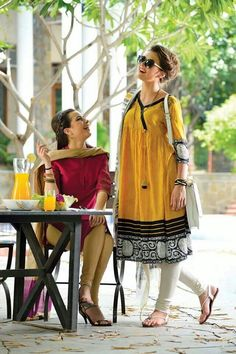 Share your most summer with us now! Pakistani Dresses, Indian Dresses, Indian Outfits, Anarkali Dress, Stylish Dresses, Casual Dresses, Fashion Dresses, Simple Dresses, Kurta Designs