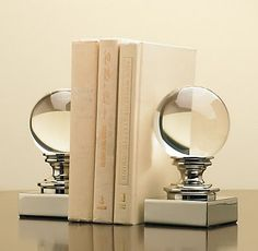 modern bookends - very clean and chic