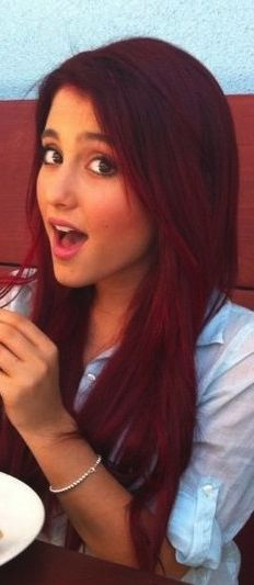 dark red hair. WANT lovve this color!!<3 always telling everyone what colour I would die my hair and I end up just showing them pictures of Ariana grande :)