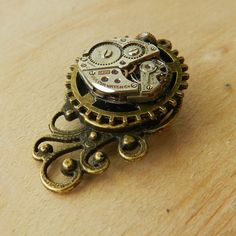 Image of Beautiful Steampunk Clockwork Pendant Brooch