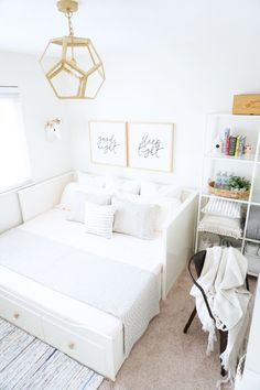 The nursery turned guest bedroom: 3 easy tips to a successful summer ready guest bedroom – almafied. Guest Bedroom Office, Guest Room Decor, Room Ideas Bedroom, Bedroom Decor, Sofa Bed Bedroom Ideas, Guest Room Nursery, Spare Room Decor, Sofa Beds, Spare Bedroom Study Ideas