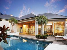 Geometric pool design using tiles with glass balustrade & decorative lighting - Pool photo 678024