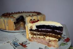 Tort festiv, Tort entremet cu 3 blaturi si jeleu de afine Tiramisu, Ethnic Recipes, Food, Magick, Essen, Meals, Tiramisu Cake, Yemek, Eten