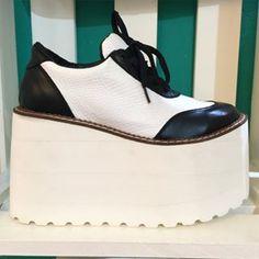 https://www.instagram.com/rievictoria_shoes/ - Buscar con Google