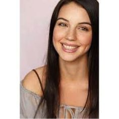 Actress Adelaide Kane who inspired my heroine, Marnie Stern Adelaide Kane, Amazing Women, Beautiful Women, Love Your Smile, Phil Coulson, Jessica Jones, Just Girl Things, Hollywood Celebrities, Timeless Beauty