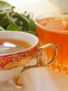 ♥ the amber glow of this tea - orange pekoe? My favorite flavored tea...